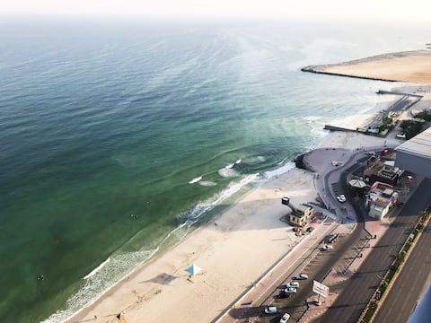 Top Floor Luxury 2BR Beach Apartment Full Sea View