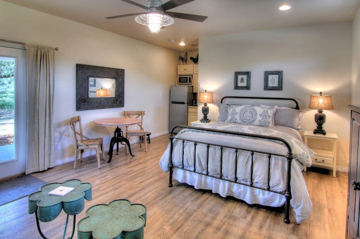 Rancho Dos Amantes B&B - Casita 1 - Bradley - Bed & Breakfast