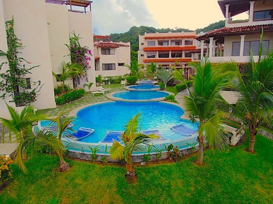 the view by the roof top,pool near house #1 Condominium Sunset Hills