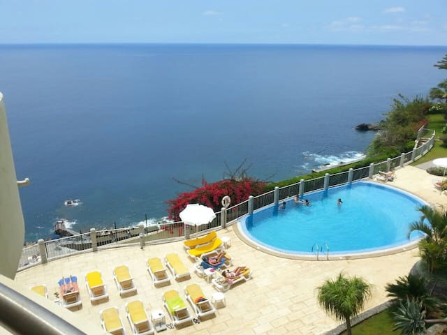 Sunny & Comfy (Near the beach) - Funchal - Appartement