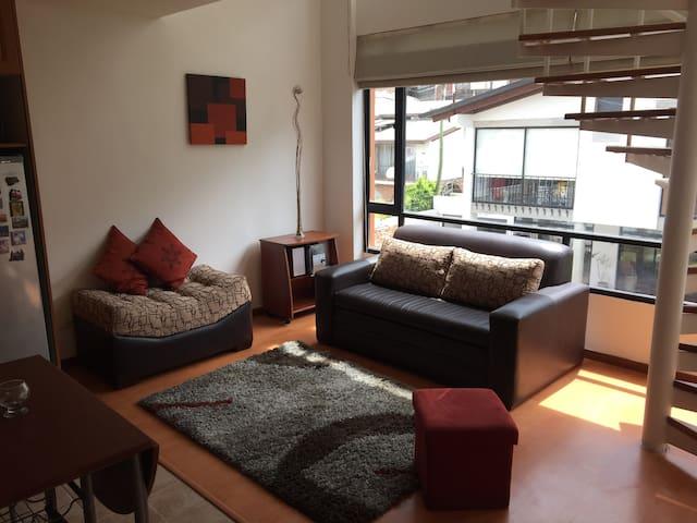 Suite duplex zona céntrica Quito cómoda y segura