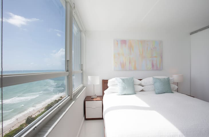 Oceanfront 14th Floor Brand New Beachfront Flat - Miami Beach - Byt
