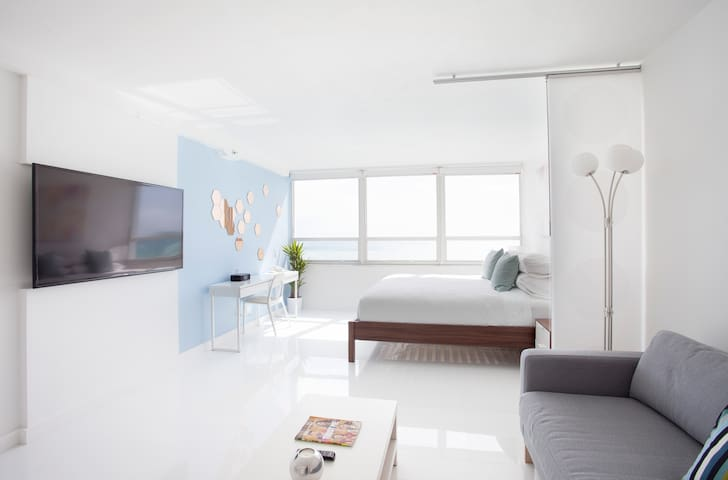 Oceanfront 14th Floor Brand New Beachfront Flat
