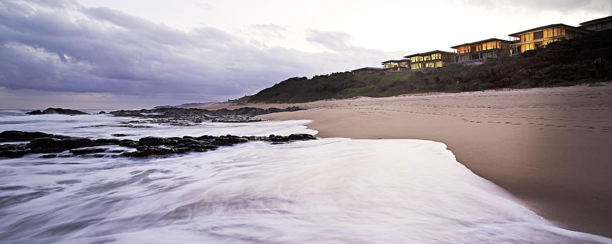 Luxury Seaside Duplex on Blythdale Beach, KZN - KwaDukuza - Şehir evi