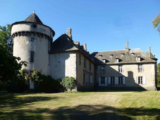 chateau de Caillac - Vezac - Castle