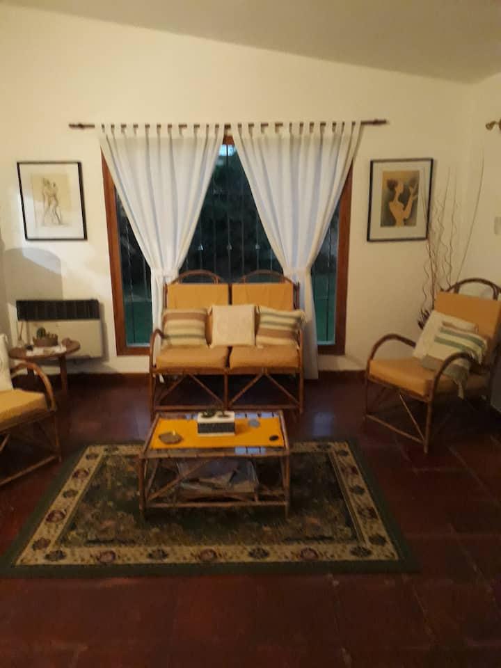 Habitación disponible en la mejor zona de Córdoba!