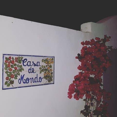 """Casa de Mondo"" Countryside Hideaway - Cottage 2"