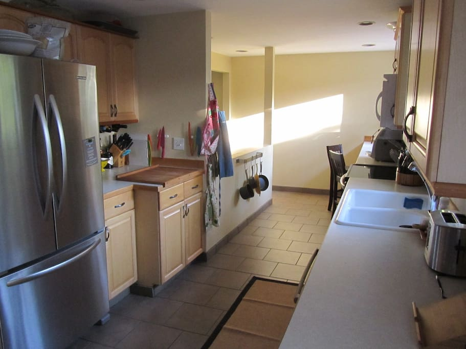 Upgraded Kitchen with top of the line cooking equipment
