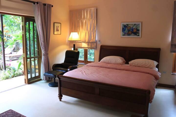 Madam Tik's Guesthouse
