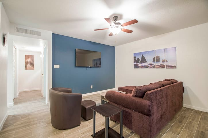 Casa Grande Modern comfort condo sleeps 3 34A
