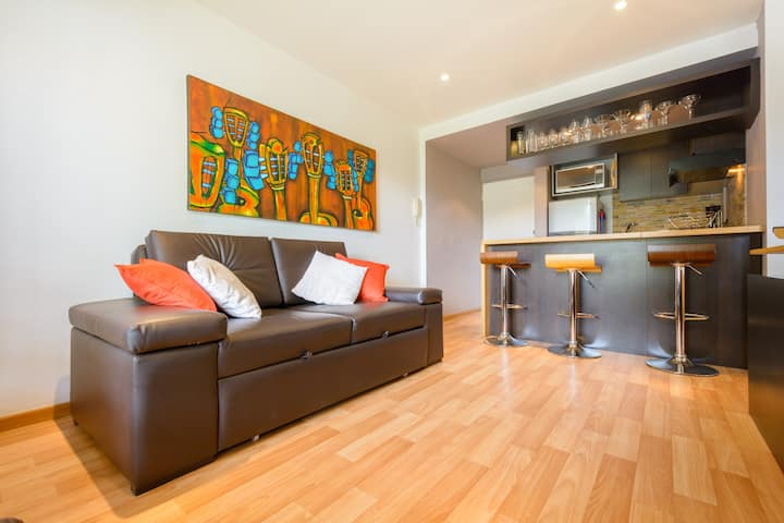 Cozy and Modern, Great Location (El retiro)