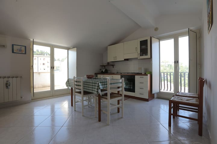 Attico mansardato con vista Madonie - Nicosia - Apartment