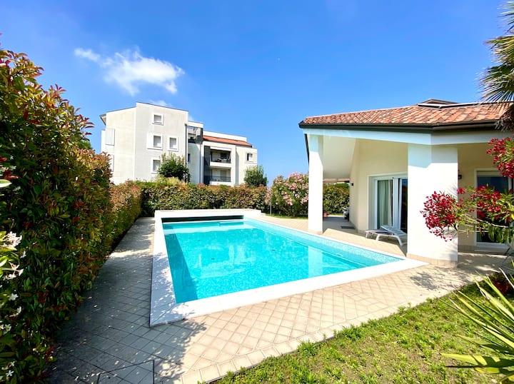 Jesolo appartamento in villa con piscina Privata