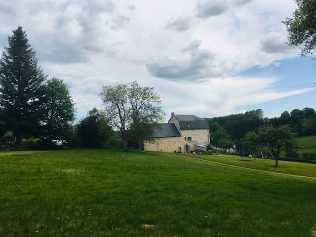 Maison au calme d un petit village creusois