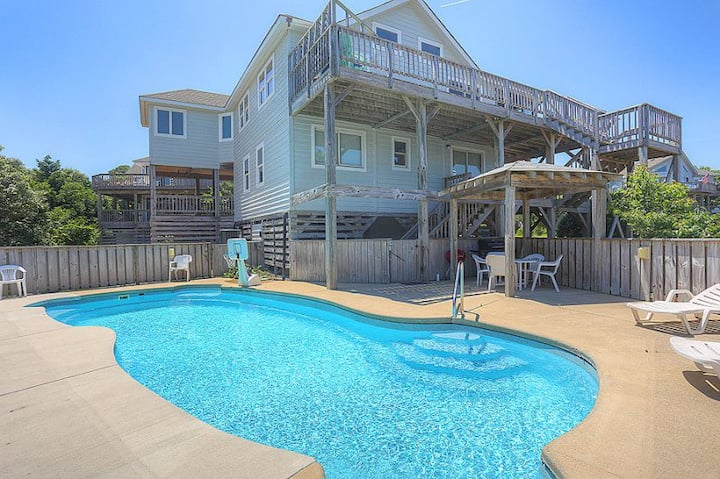 2058 Blessed By The Sea, Duck * 7 Min Walk to Beach * Private Pool * Volleyball *Dog Friendly