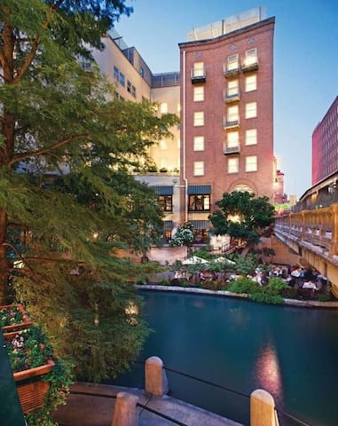Riverside Suites San Antonio