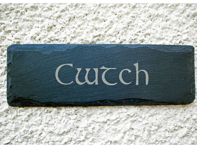 THE CWTCH, with a garden in Aultbea, Ref 980790