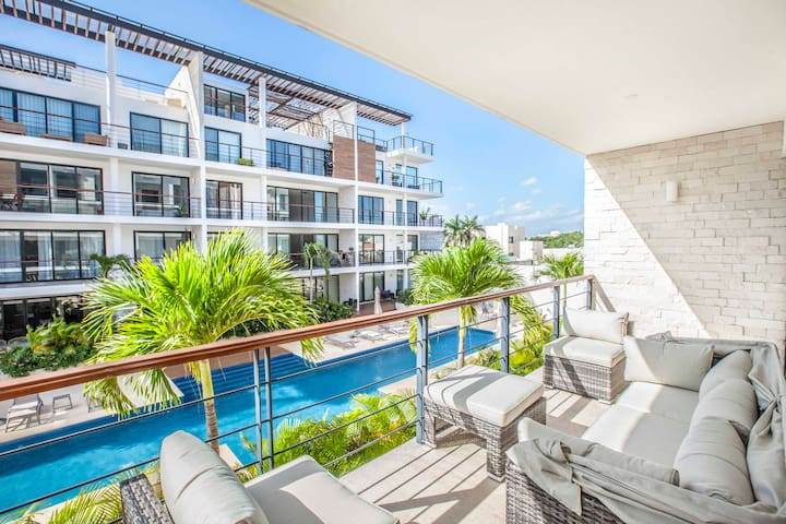 NEW 2 BR Condo in Downtown Cancun with big Pool