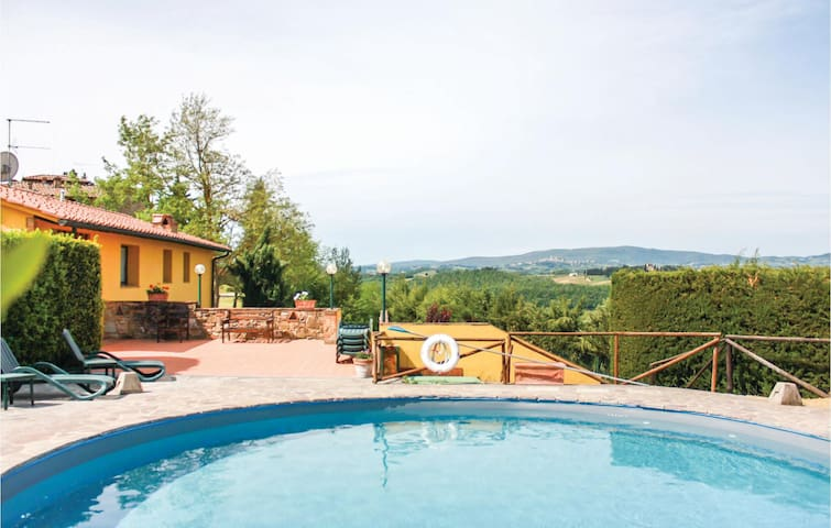 Holiday apartment with 1 bedroom on 45 m² in Barberino V. Elsa FI