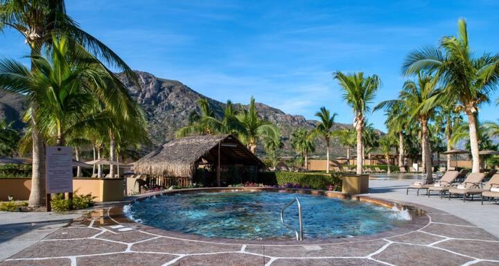 Magnifique Deluxe Suite, Loreto, Mexican Paradise