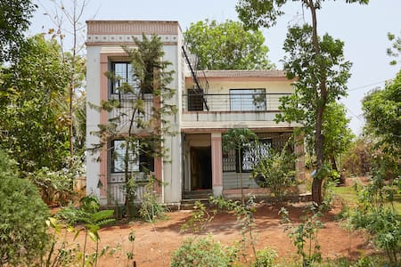 Rs 5550- THE FOREST VILLA, KARJAT, 4 Bed Rooms