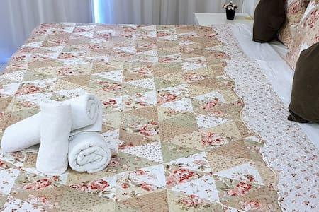 HOTEL VISION-MELHOR LOCALIZAÇÃO 3 HÓSPEDES F 1424
