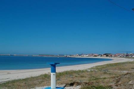 Muy próximo a la playa del Castro - Castineiras-Riveira - Huoneisto