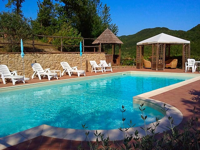 Apartment int the heart of Umbria - Tulipano