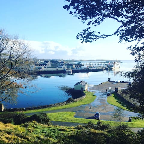 Town centre home, Stornoway with harbour views