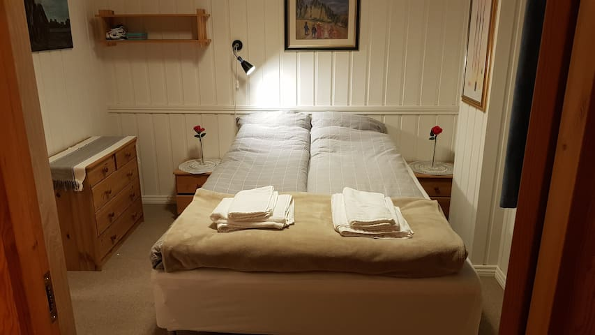 Nice, new double bed