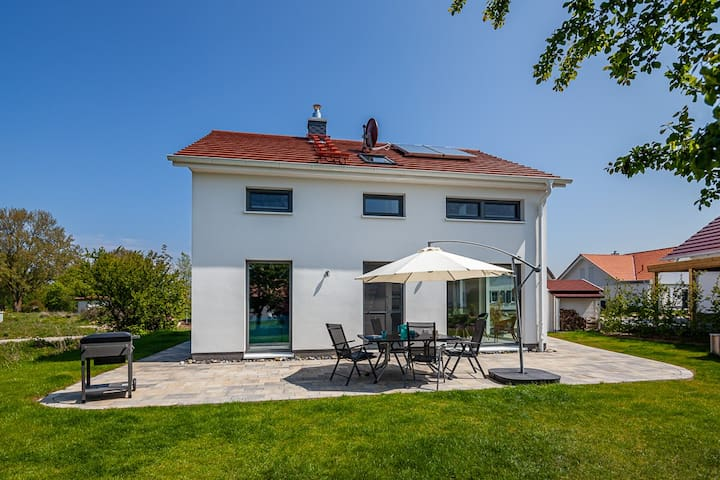 Ferienhaus Rügen-Relax Gartenansicht