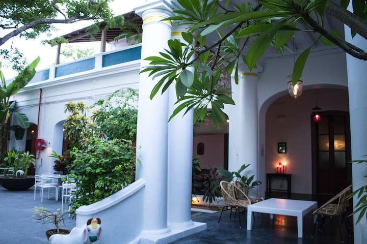 Villa Helena Heritage Guest House - Full Villa