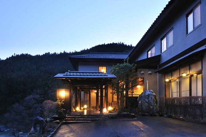 Gunma onsen ryokan yoshimoto case in affitto a nakanojo for Ryokan giappone