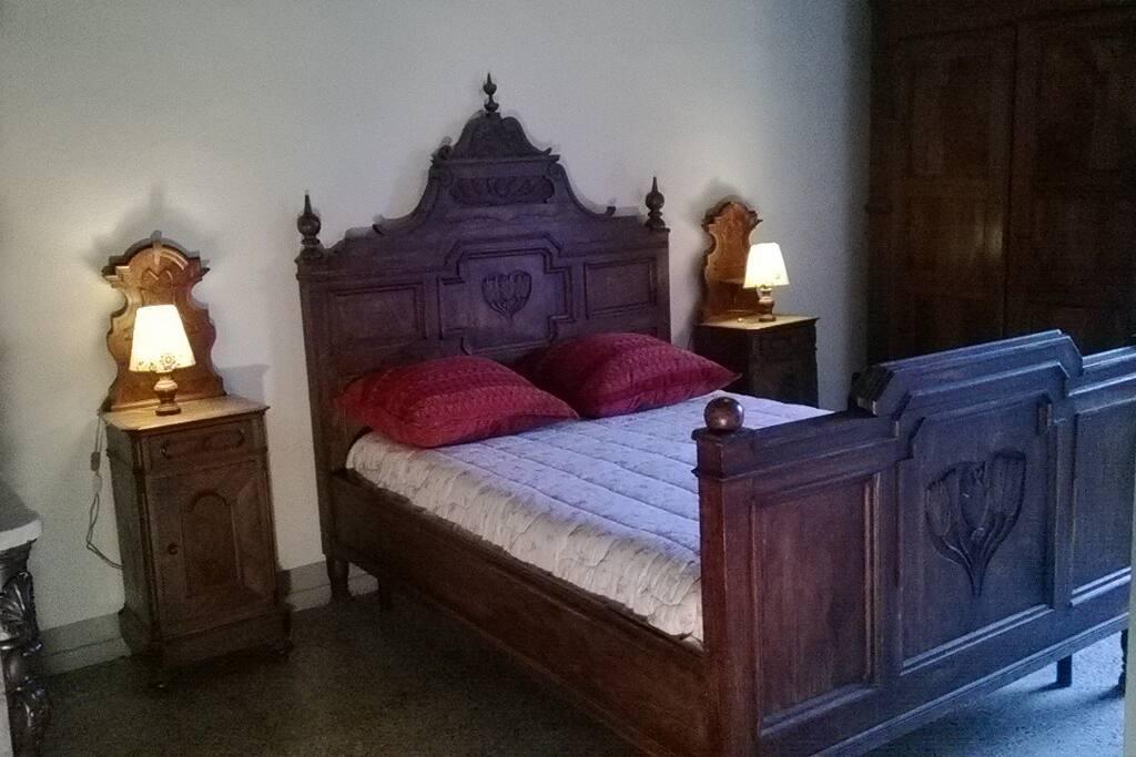 camera da letto originale della casa