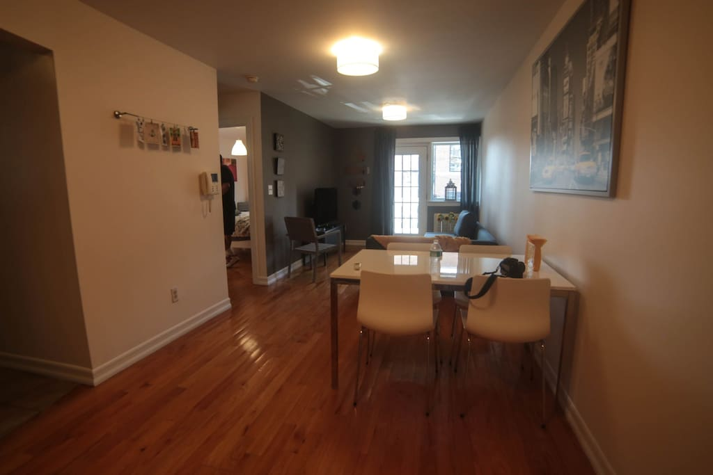 Beautiful 1 bedroom in nyc apartments for rent in queens for Beautiful apartments in nyc