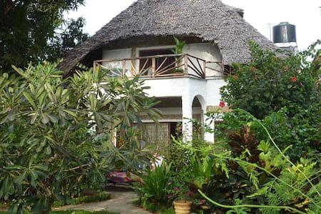 Wunderschöne Appartements in Mtwapa - Mombasa - Lejlighed