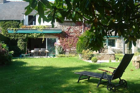 Les menhirs - Cancale - Bed & Breakfast