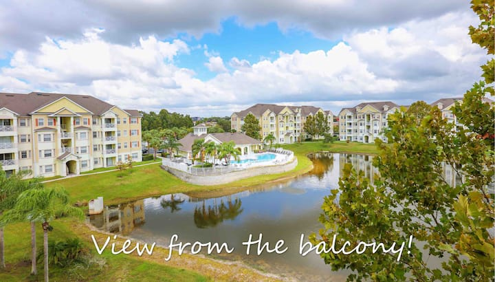 Fireworks Lake View 3BR with Elevator near Disney