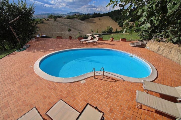 Villa with private swimming pool, beautiful view and within walking distance of a village