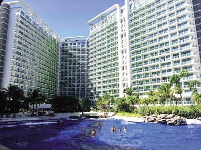 Condo-Hotel Staycation at Azure Resort Residences