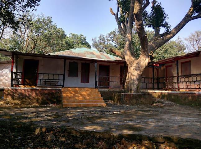 Hermitage Villa & Camp - Matheran - Casa de camp