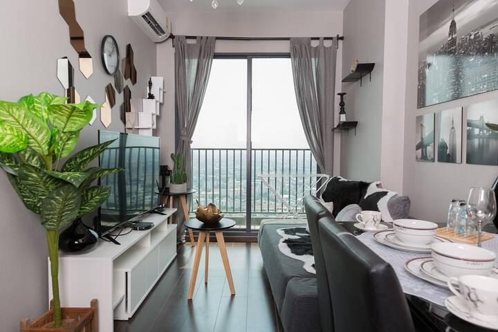 6折优惠上新/快来打卡日本街网红巷优雅高级公寓!豪华大床/无敌景观/免费wifi泳池健身房