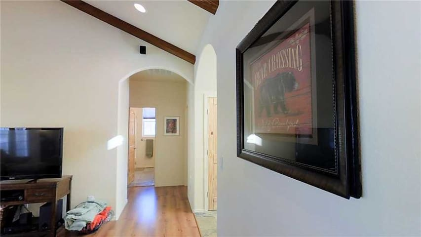 Indoors,Room,Art,Screen,TV
