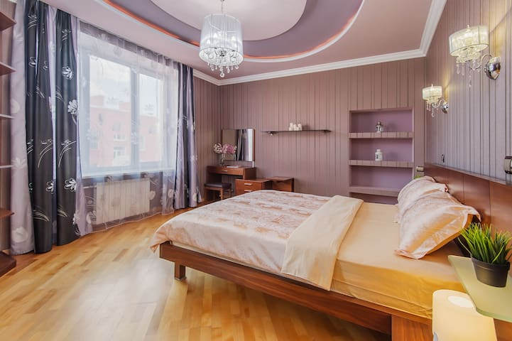 Awesome unique design, 2br apt, Kitay-gorod
