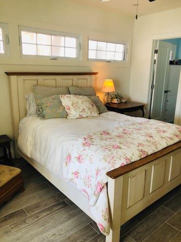 Master Bedroom + ensuite