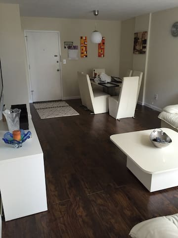 Beautiful remodeled apartment - Sunny Isles Beach - Wohnung