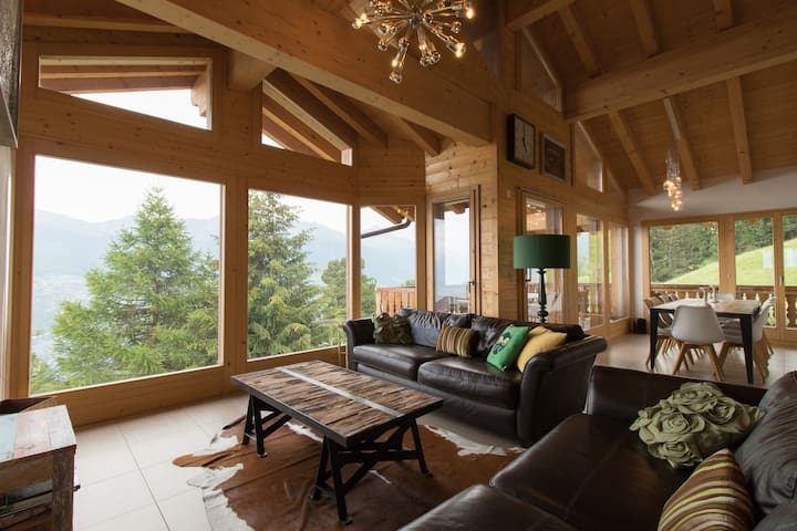 Luxury 5* chalet, sauna, hot tub - Verbier region