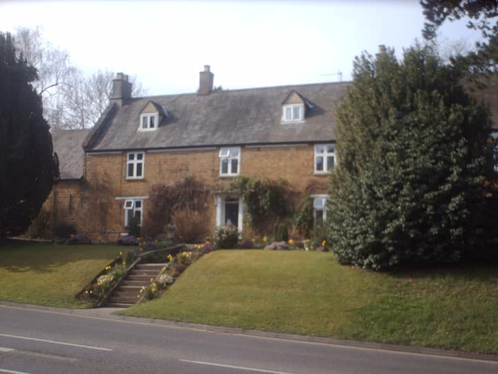 Double en-suite room close to Banbury town centre
