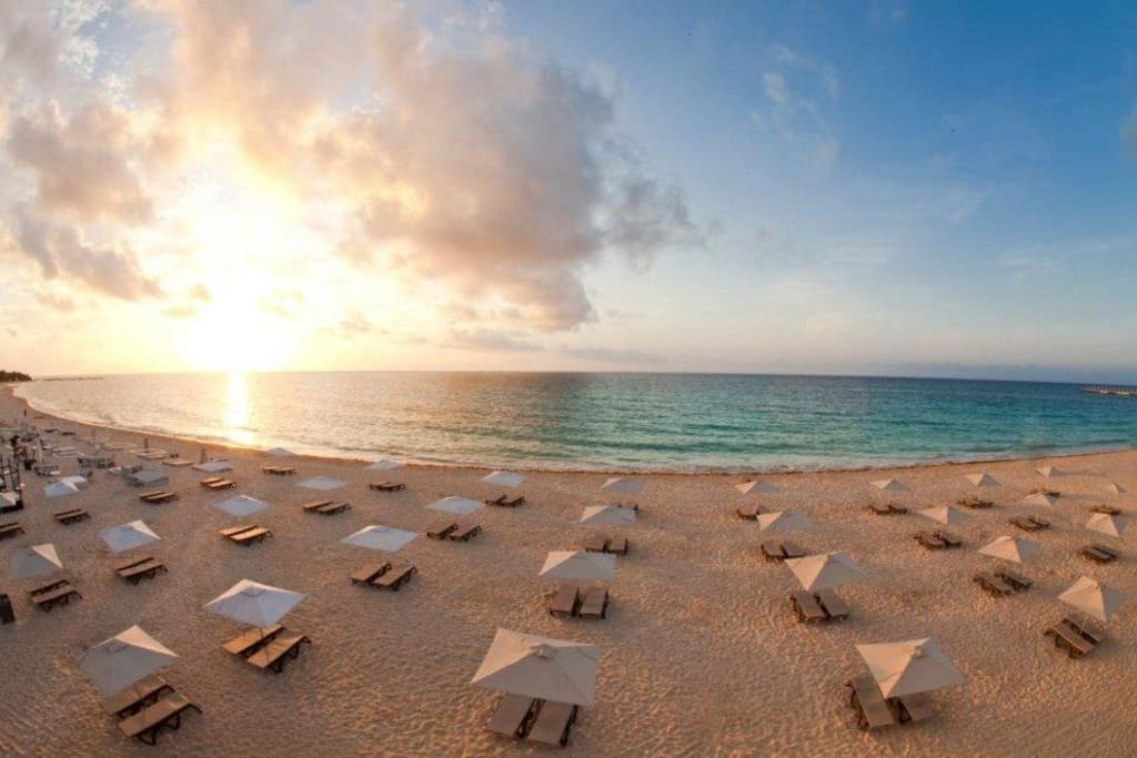 Sunrise at Mamitas Beach Club... the shores of the Mexican Caribbean are less than 10 blocks from Condo Caracol!