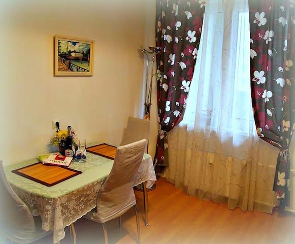 Уютная и Комфортная, Новая, Большая 45 м2. 1 к.кв.